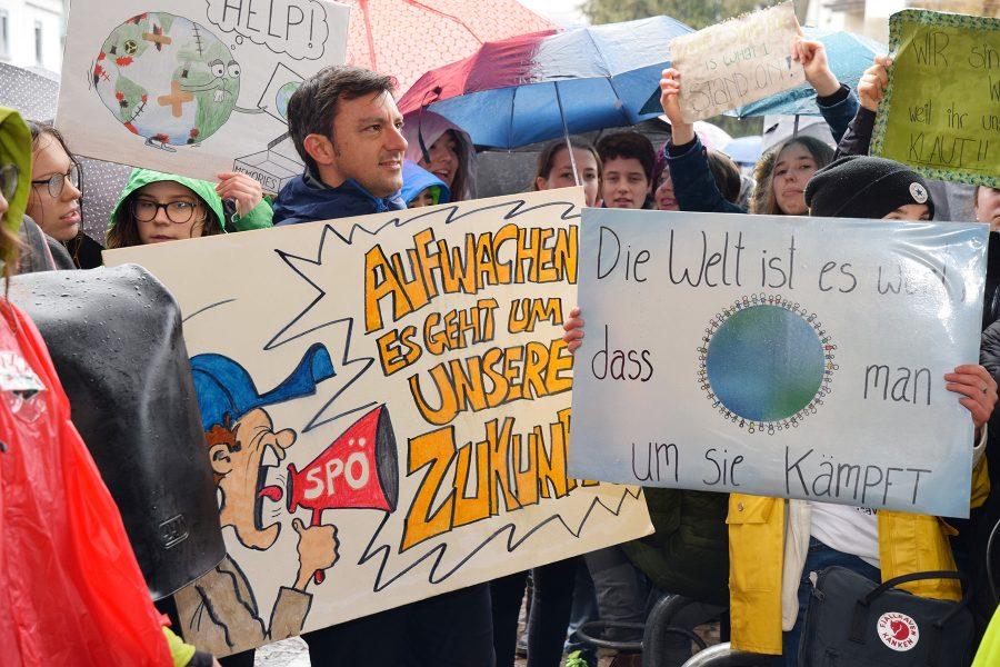 Martin Staudinger auf der FridaysForFuture-Demo in Bregenz